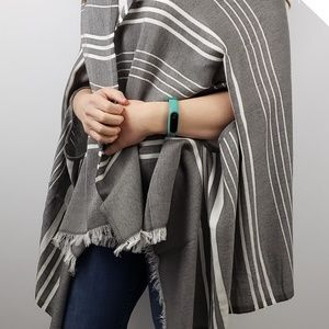 J Crew H0129 Chic Striped Cape Wrap Scarf poncho